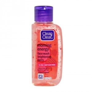 Buy Clean & Clear Morning Energy Face Wash - Brightening Berry  - Nykaa