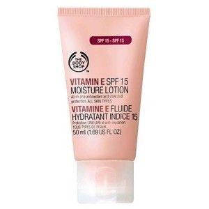 Buy The Body Shop Vitamin E Face Moisture Lotion SPF 15 - Nykaa