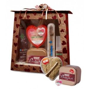 Buy The Nature's Co. Love Potion Kit - Nykaa