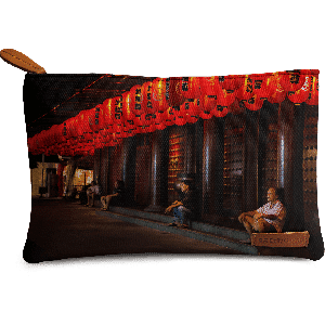 Buy DailyObjects Red Lanterns Carry-All Pouch Medium - Nykaa