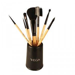 Buy Vega Set Of 7 Make-Up Brushes - Nykaa