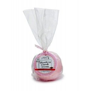 Buy Patisserie de Bain Strawberry Cupcake Bath Bomb - 2 Pieces - Nykaa