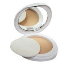 Buy Lakme Perfect Radiance Intense Whitening Compact SPF 23 (Rs. 30 off) - Nykaa