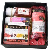 Soulflower Festive Rose Try Me Bath Set