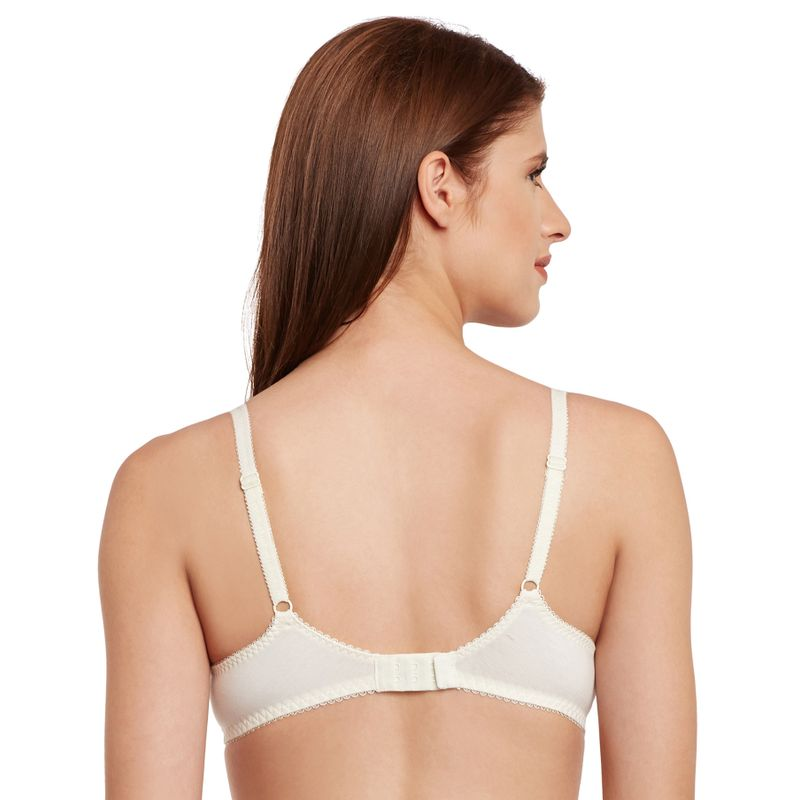 Secrett Curves Peony Lace Full Coverage Underwired Non Padded Bra - Papyrus  at Nykaa.com 33406aaa3