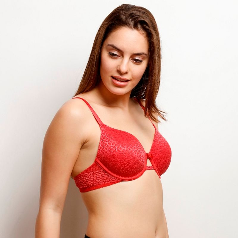 Zivame Moroccan Lace Lightly Padded Underwired T-Shirt Bra - Red at  Nykaa.com 241dac7c2