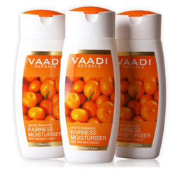 Vaadi Herbals Value Pack Of 3 Fairness Moisturiser With Mandarin Extract