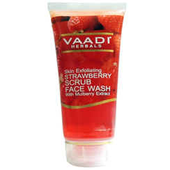 Vaadi Herbals Strawberry Scrub Face Wash With Mulberry Extract