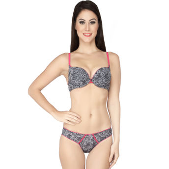 fac9b28dec Soie Lacy Pushup Underwired Bra With Panty - Grey (34C) at Nykaa.com