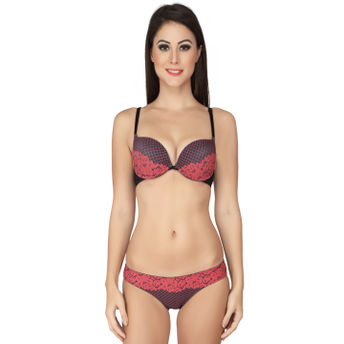 658aa3b2e3 Soie Red Cleavage Boosting Push Underwired Bra And Panty Set - Red ...