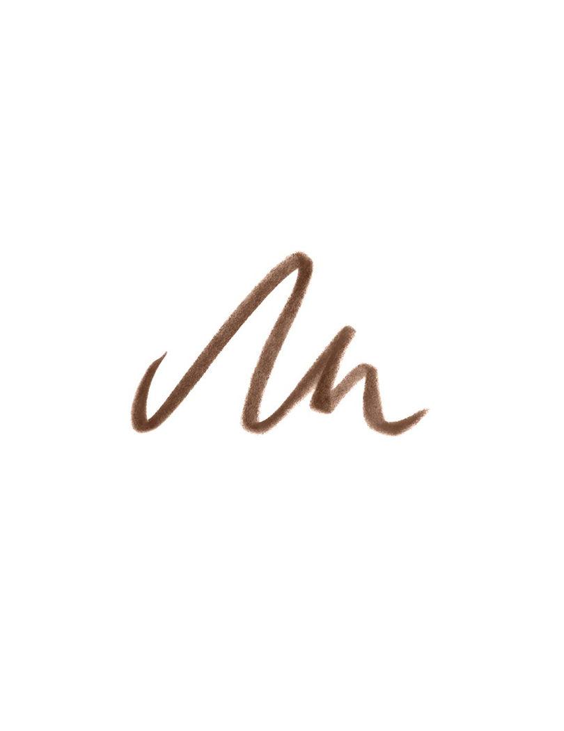 04 Medium-Medium To Dark Brown Or Auburn Hair