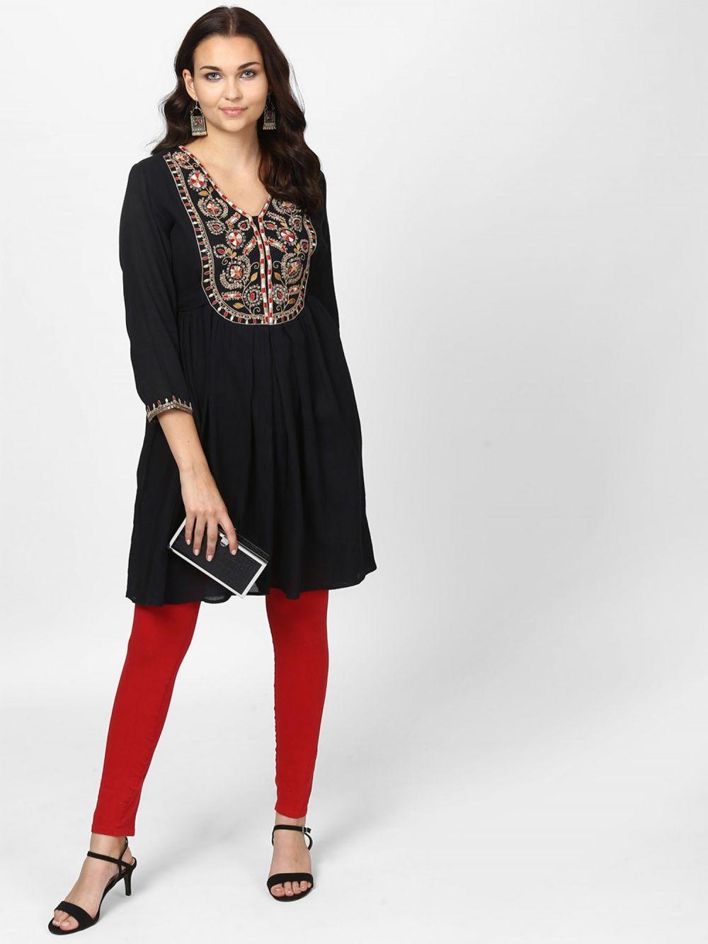 6a100f32cdf Ritu Kumar Kurtis Kurtas and Tunics   Buy Ritu Kumar V-Neck Full ...