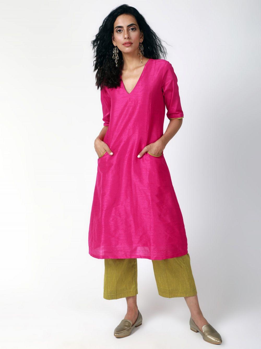 36051baef0 trueBrowns Salwar Suits and Sets   Buy trueBrowns Pink Gold Silk ...