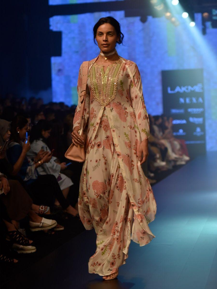 67717e7924 Arpita Mehta Designs- Buy Arpita Mehta Designer Wear Online| Nykaa ...