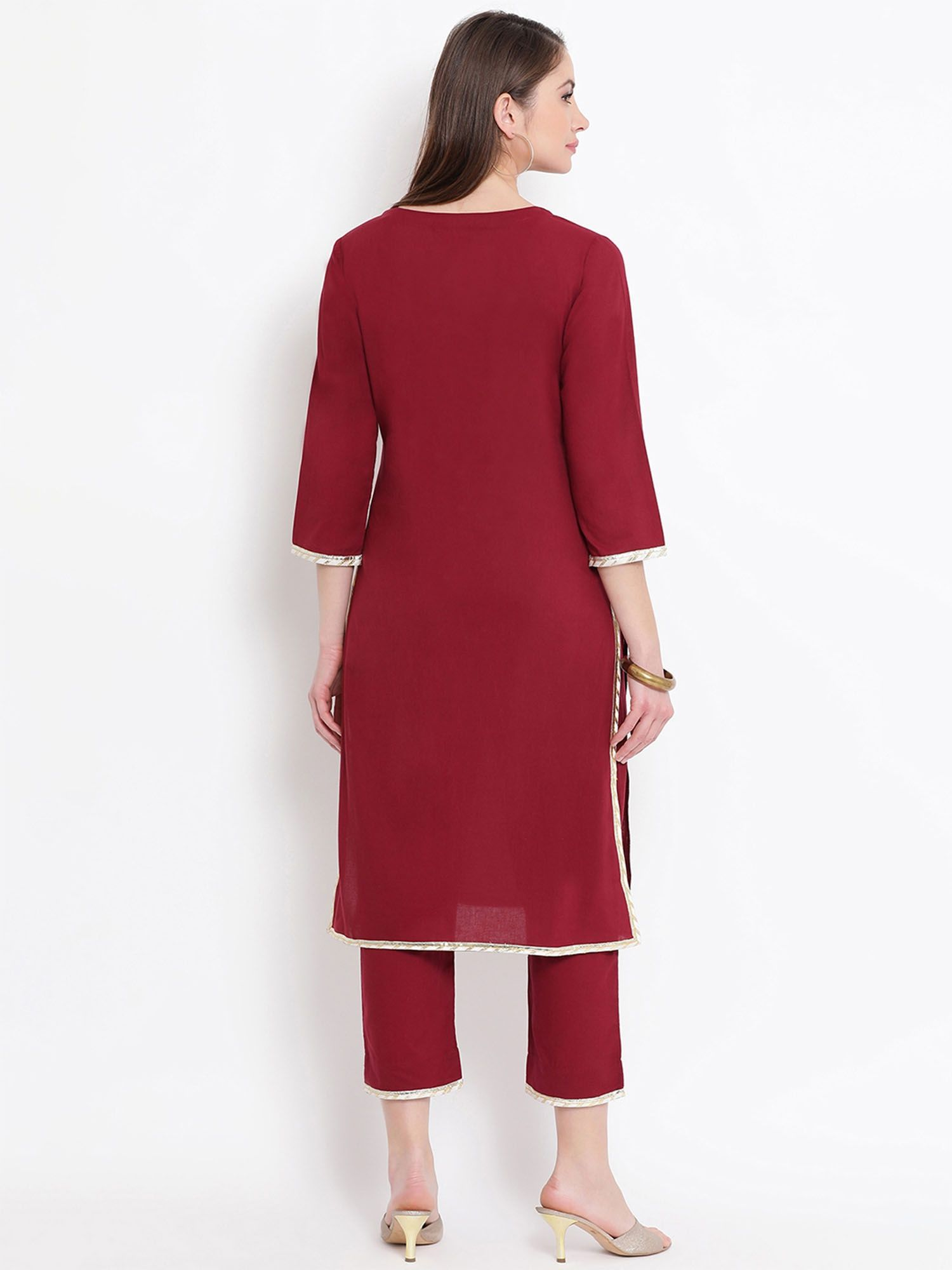 8636e57031 Fabnest Kurtis Kurtas and Tunics : Buy Fabnest Maroon Gota Cotton ...