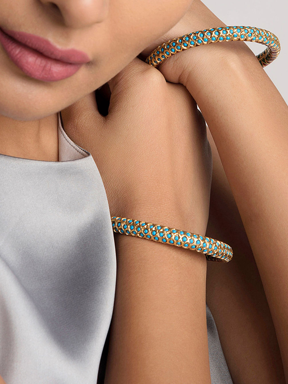 Shop Designer Clothes & Accessories Online from Top Indian