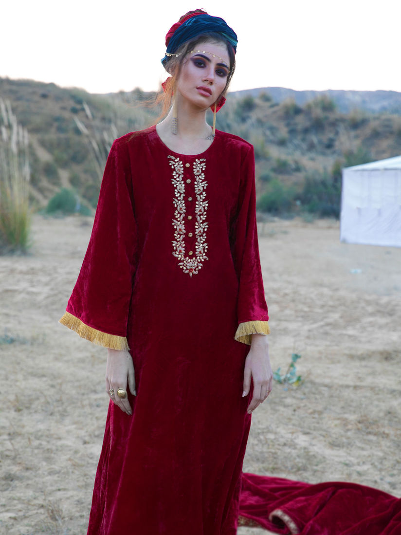 Ambraee Salwar Suits And Sets Buy Ambraee Red Velvet Kurta With Pant Set Of 2 Online Nykaa Fashion