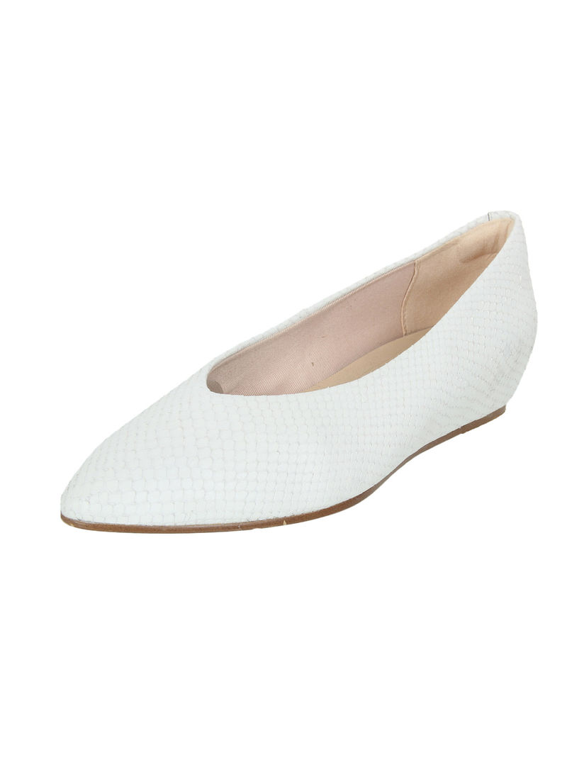 Buy CLARKS White Patterned Pointed Toe