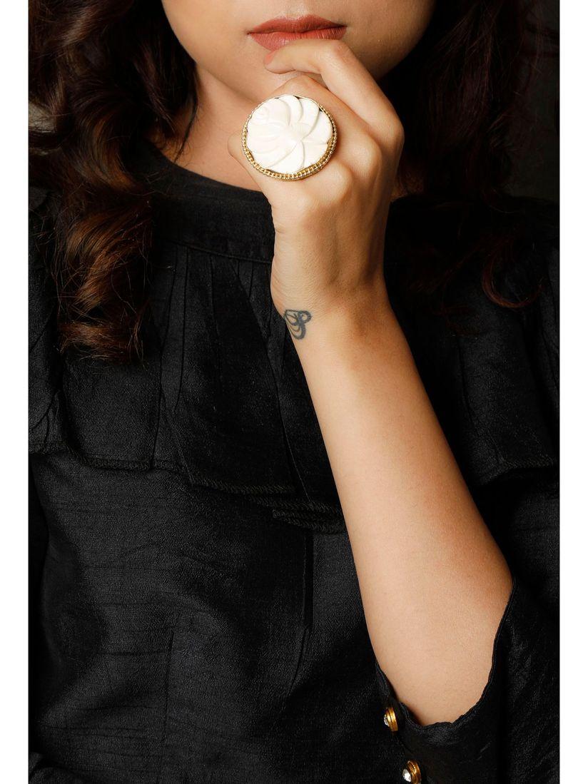 Tjori Rings Buy Tjori Rose Bone Carved Oversized Ring Online Nykaa Fashion