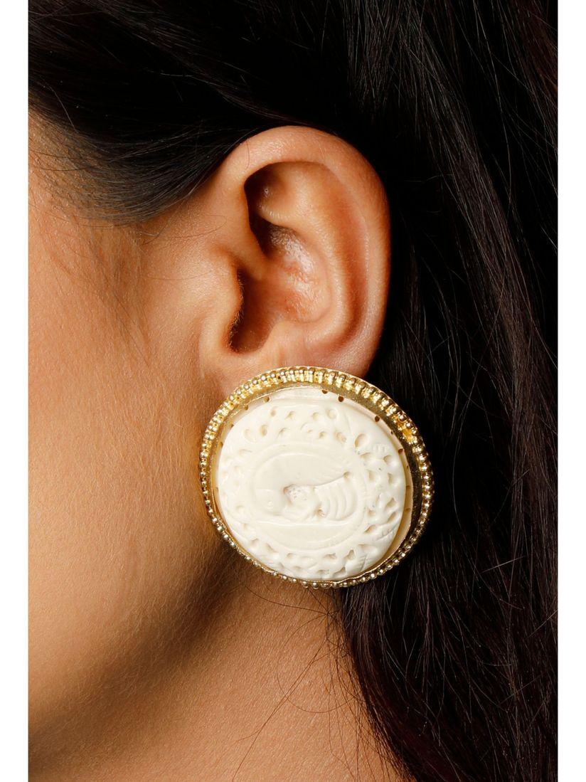Tjori Earrings Buy Tjori Alvira Bone Carved Oversized Studs Online Nykaa Fashion